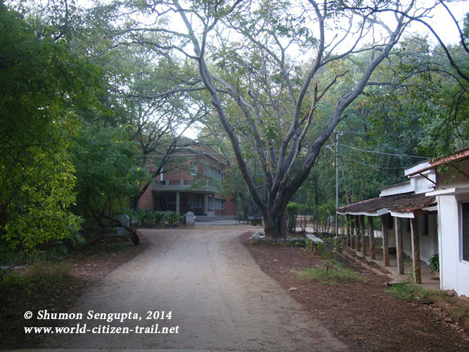 Way to the Rishi Valley School. Like Shantiniketan in West Bengal, this place too has a magic that is difficult to describe in words...